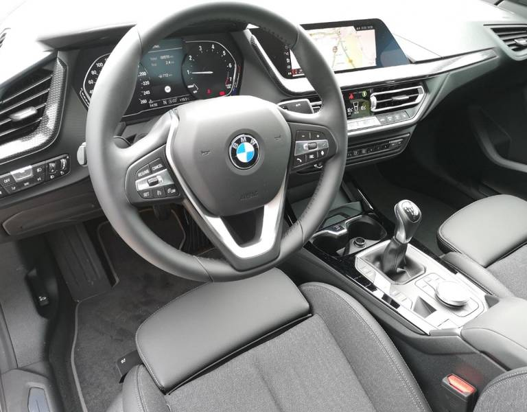 BMW 218i Gran Coupé Sport Line Live Cockpit Plus