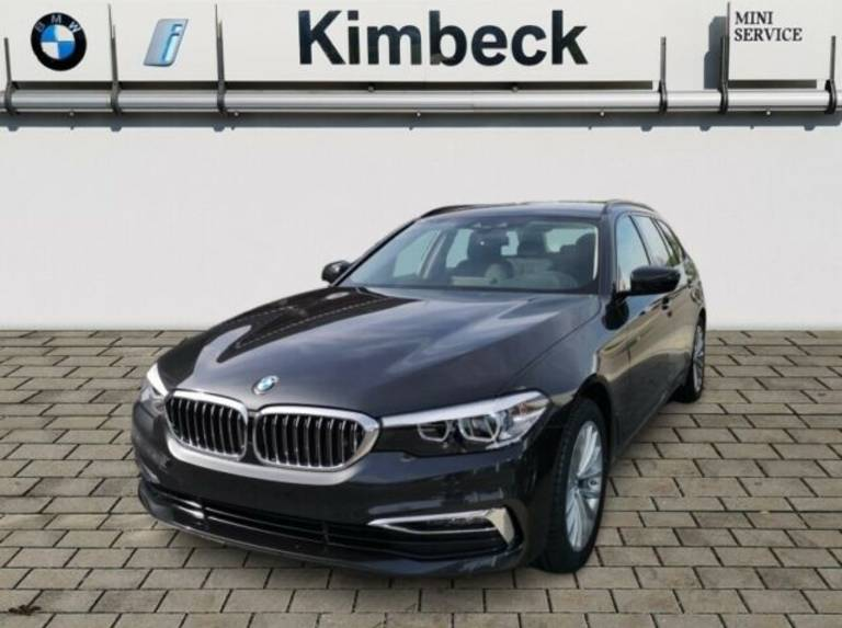BMW 520D xDRIVE Luxury Line Navi Leder AHK LED